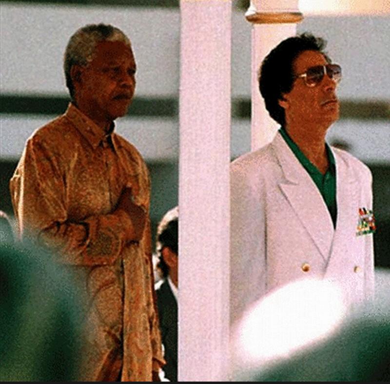 Mu w the late Mandela