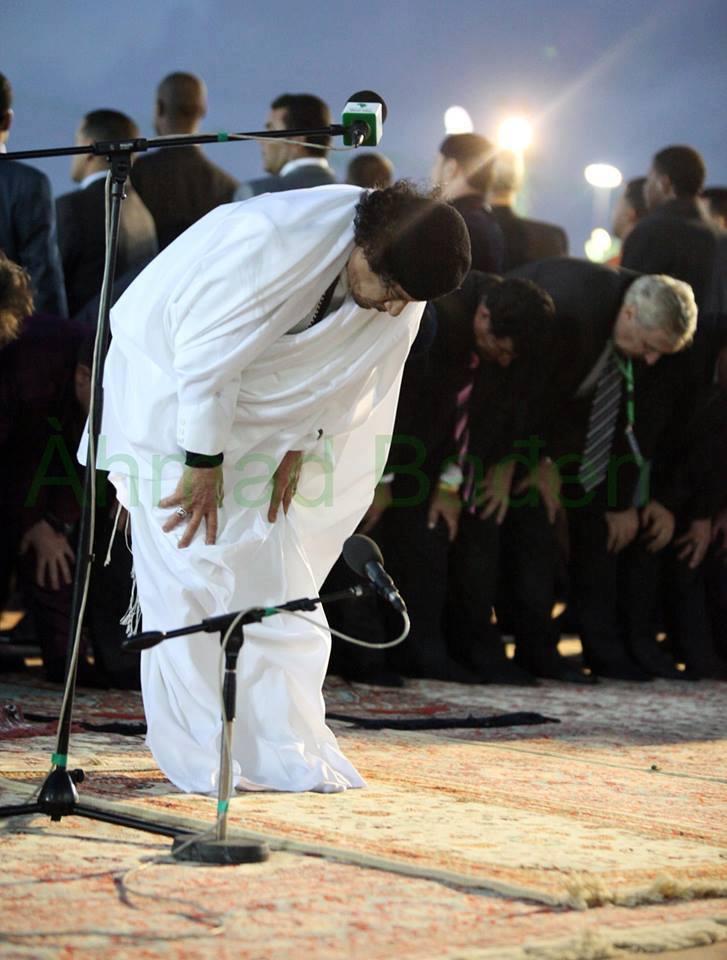 Mu leads as IMAM at prayers