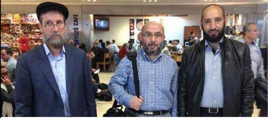 Real al-Qaeda RAT KHALID SHARIFF, curator of Tripoli Plateu prison,center  w MB