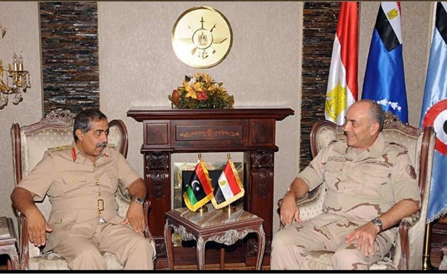Maj. Gen. Abdel Razek Nadouri meets w Egyptian Military Chief of Staff