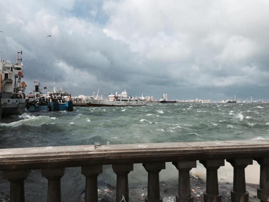 Port of TRIPOLI, bad weather 31 DEC. 2014. 2