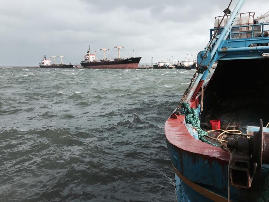 Port of TRIPOLI, bad weather 31 DEC. 2014. 3