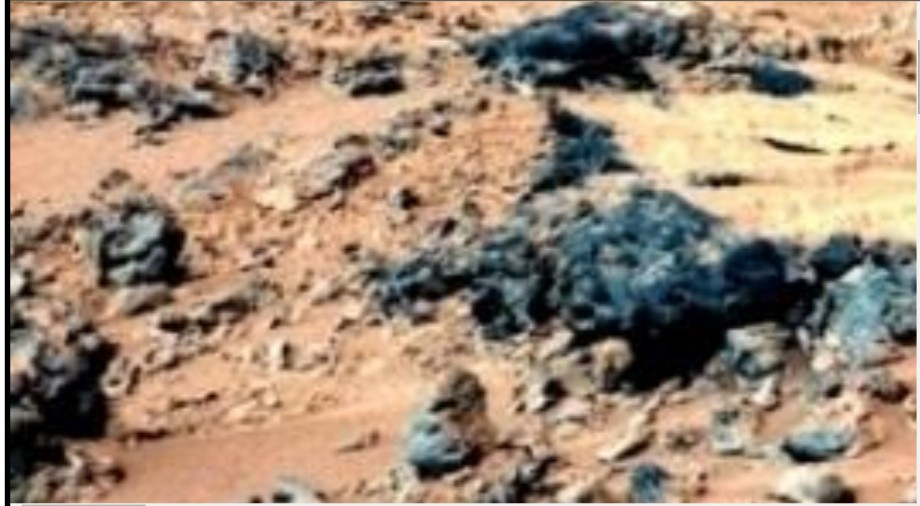 section of MARS photo, but is more likely TAHOUNA, LIBYA here on earth