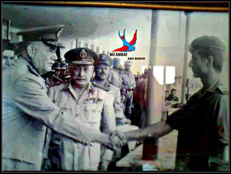 a very young Kalifa Hftar, congradulated by the Military Council of Libya, showing Mu'ammar and Abu Baker