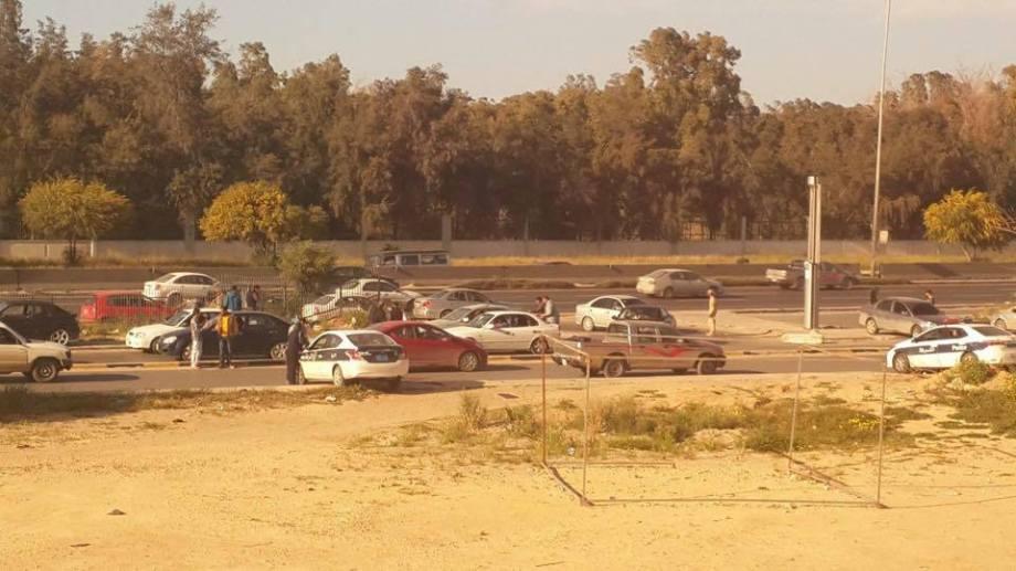 Tripoli Fast Lane Ikmona gate, with Gneoh (Haratine thugs)