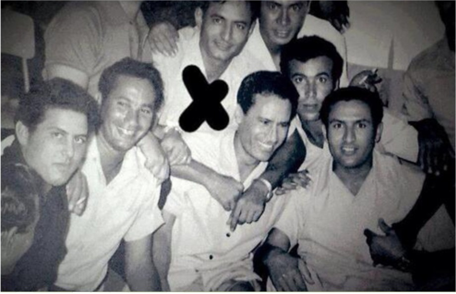 Khalifa Hftar is a member of the revolutionary council that deposed of the Idriss Senussi based dynasty of (1951-1969)
