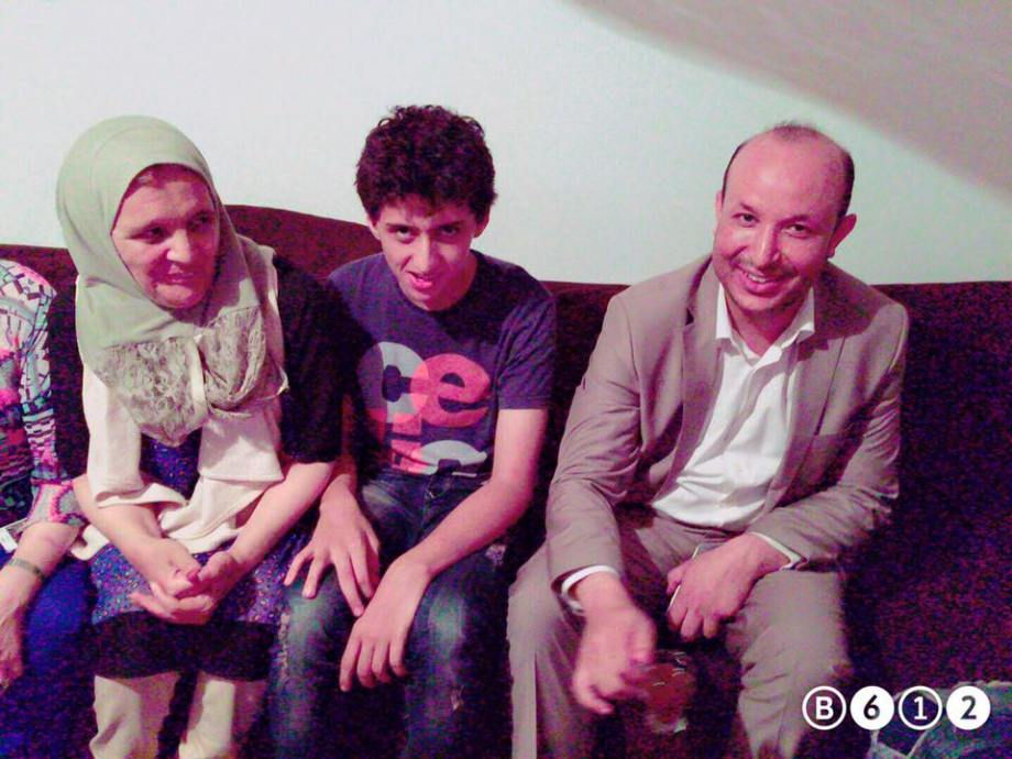 Nadzawi helps the 'cunieform' family displaced in Tunisia, 3
