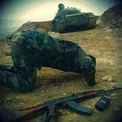 GREEN SOLDIER at Prayer