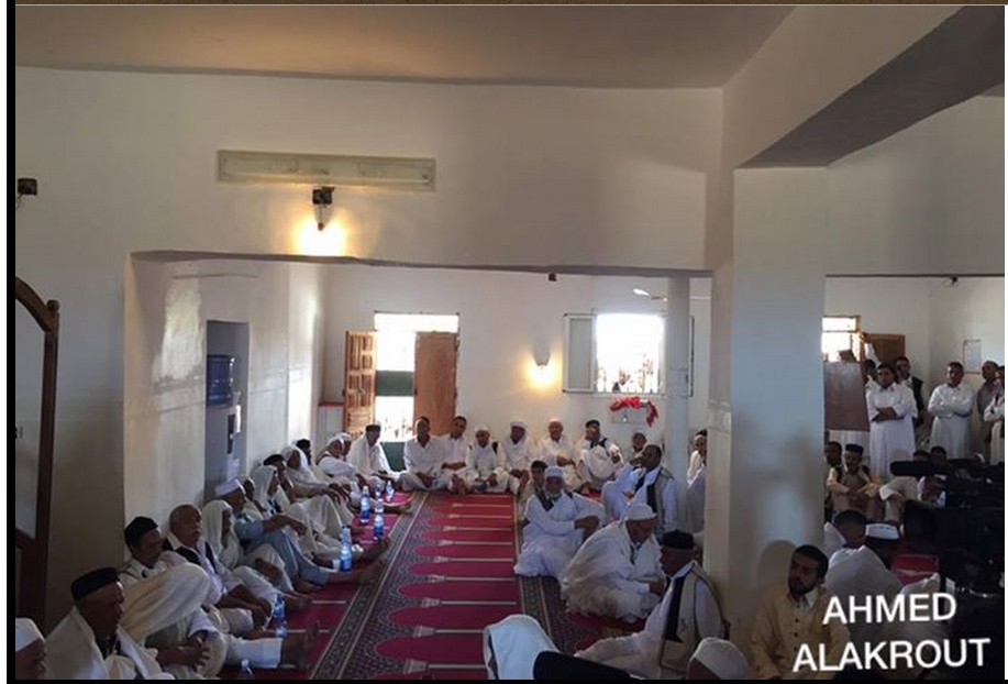 al-QOALISH mosque joins ZINTANI in Friday prayers, as returning home, 3