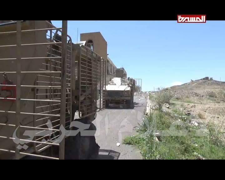 'People's Committees' in Yemen capure new armored vehicles and tanks, 3