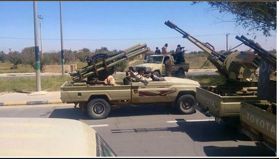 SURMAN w LIBYAN ARMY, 3