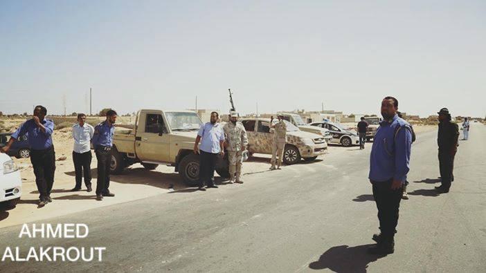 road-link between ZTUN and RAS WORTHY crossing into TUNISIA, 1