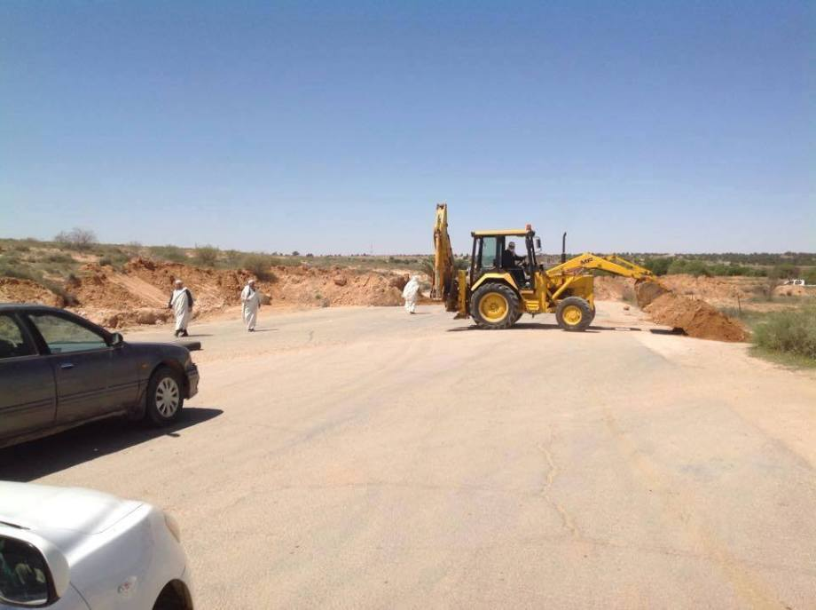 reopening roads in the Nafusa
