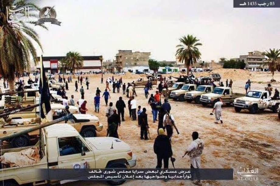Armed display of DAASH's 'Council of bulls February Branch' in Ajdabiya, 1