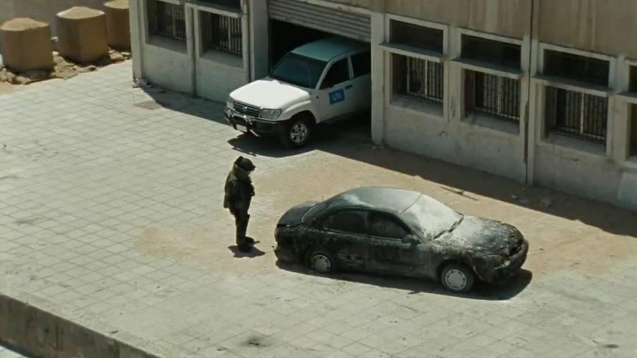 dismantle car bomb
