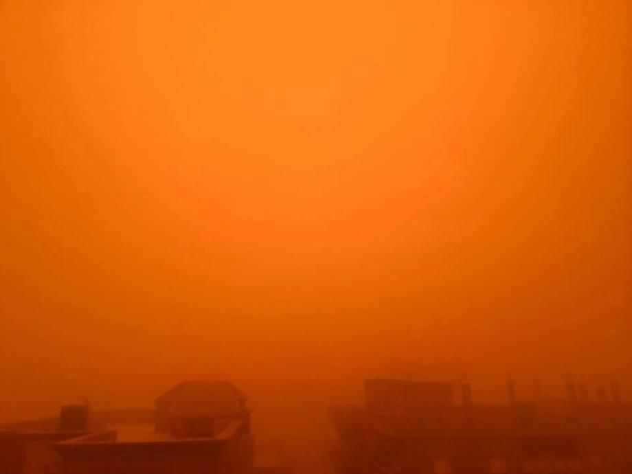 TOBRUK dust storm, 1